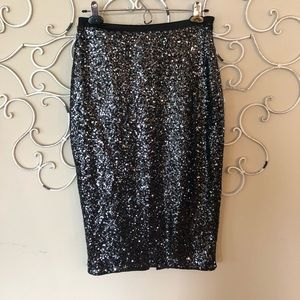 Express pencil sequence party skirt